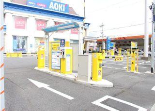 お車でお越しの際は、こちらの駐車場もご利用いただけます