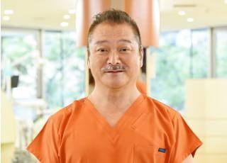 永嶌歯科クリニック 永嶌 勝馬 理事長 歯科医師 男性