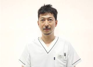 医療法人社団 あしかり歯科クリニック(JR 甲子園口駅前)_芦刈 貴光
