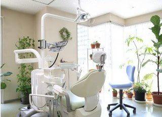 診察室です。治療について不安なこと等ございましたら、お気軽にご相談くださいね。
