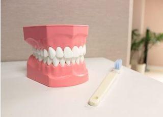 エヌ・エイ歯科クリニック_説明のわかりやすさにこだわり、リラックスできる治療を目指す