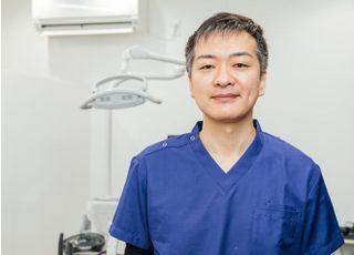 成瀬保存歯科・矯正歯科 宮城 院長 歯科医師 男性