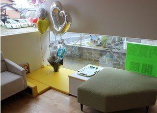 キッズスペースがあり、お子様と来院されても安心して治療を受けることができます。