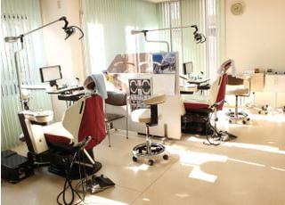 大和歯科医院_リラックスできる院内で治療をお受けいただけます