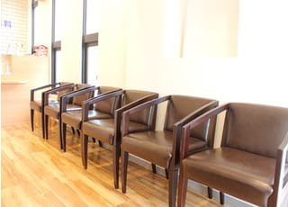 待合室です。治療の前後はこちらでお待ちください。
