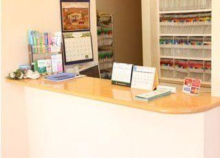 受付待合室には、雑誌やウォーターサーバーをご用意しております。