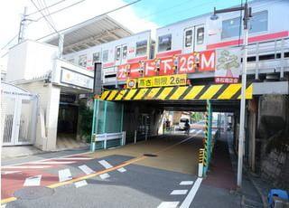 徒歩で1分の北千束駅と好立地です。