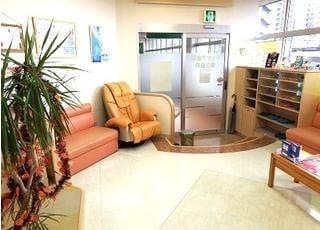 温かみのある待合室です。