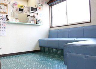 待合スペースです。おくつろぎください。