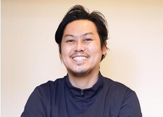 心斎橋セントラル歯科 岡 昌平 院長 歯科医師 男性