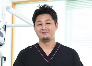 歯ーサーデンタルクリニック 下地 竜也 院長 歯科医師 男性