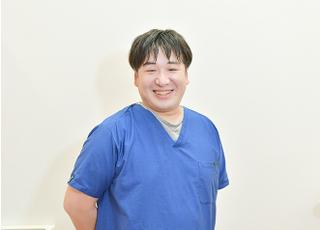 アール歯科クリニック 吉村 裕隆 院長 歯科医師 男性