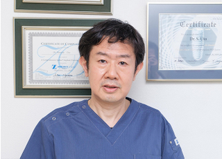 ライフ・デンタル・オフィス 羽藤 伸一 院長 歯科医師 男性