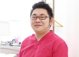 松戸やぎり歯科・矯正歯科 阿部 伸太郎 院長 歯科医師 男性