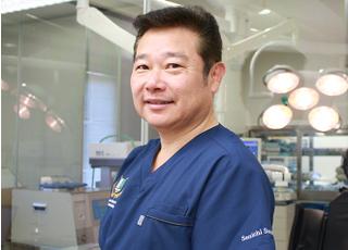 ライオン歯科 鈴木 仙一 理事長 歯科医師 男性