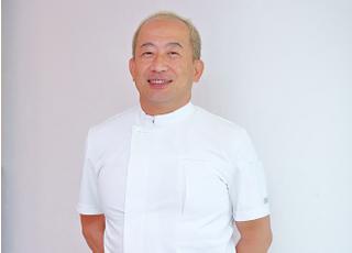 ワンデイデンタル 植田 貴久 院長 歯科医師 男性