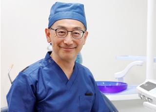 おいわけ歯科 小川 浩志 院長 歯科医師 男性
