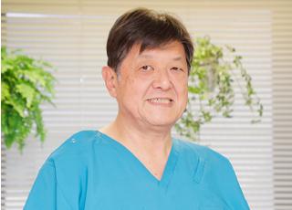 山歯科医院 山 滋 院長 歯科医師 男性