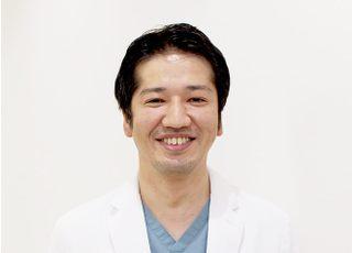 ゆもとデンタルクリニック 湯本 欣也 院長 歯科医師 男性