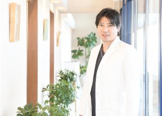 ヒロ・デンタルクリニック 本田 浩章 理事長 歯科医師 男性