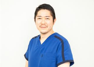 豊中本町歯科クリニック 頭司 圭介 院長 歯科医師 男性