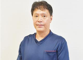 あらかわ歯科医院 荒川 仁志 院長 歯科医師 男性