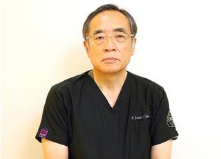 アール歯科クリニック新井宿 院長 歯科医師 男性