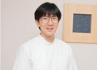 ホワイト歯科(東京都杉並区) 安江 健 院長 歯科医師 男性