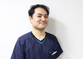 アイル歯科 鈴木 英正 院長 歯科医師 男性
