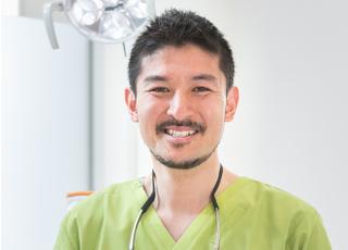 内田歯科医院 内田 祐輔 院長 歯科医師 男性