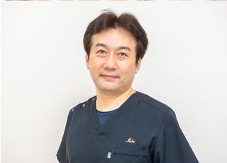 メリアデンタルクリニック 磯田 幸盛 院長 歯科医師 男性