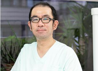 岡部歯科_歯科医師