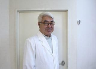 平川歯科医院(福岡市中央区) 平川 誓生 院長 歯科医師 男性