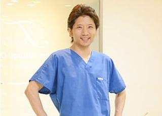高井デンタルオフィス 高井 周太郎 院長 歯科医師 男性