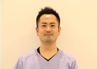 日野ファミリー歯科医院_岩崎 之克