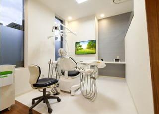 日野ファミリー歯科医院_ご家族皆さまが通いやすい地域に密着した歯科医院です