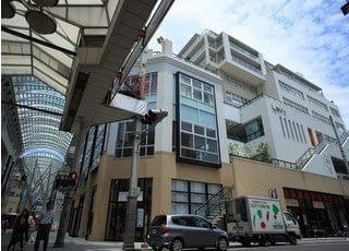 当院は、丸亀町商店街参番街東館3階にございます。