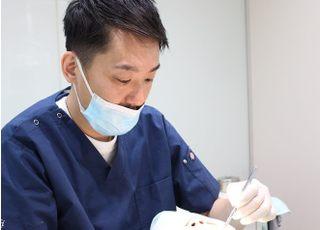 南郷18丁目駅歯科クリニック 山﨑 弘太郎 院長 歯科医師 男性