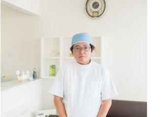 メイプル歯科医院 山本 晴久 院長 歯科医師 男性