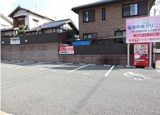 駐車場も5台分ご用意しております。