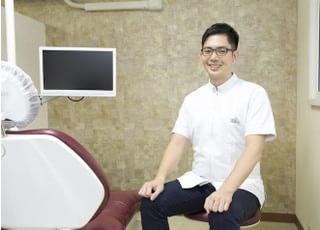 いぐみ歯科 矯正歯科 伊組 公郎 院長 歯科医師 男性