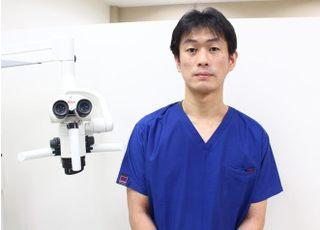 安達歯科クリニック 安達 泰佑 院長 歯科医師 男性
