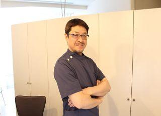 札幌デンタルケア 岸本 春彦 院長 歯科医師 男性