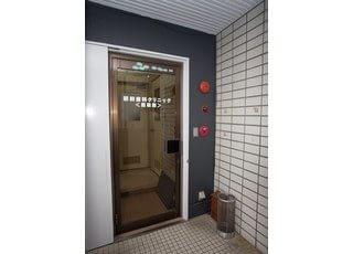 入り口です。こちらよりお入りください。