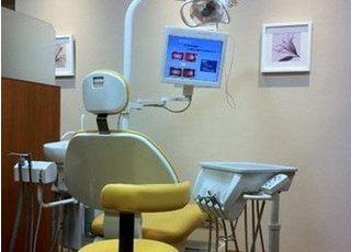 仕切りで分けている診療室もございます。