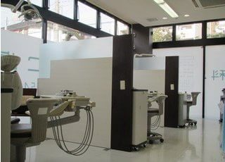 広く開放的な診療室です。