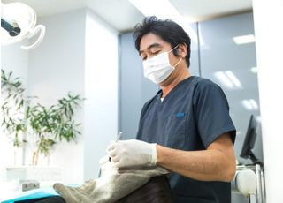 若松歯科医院_先生の専門性・人柄2
