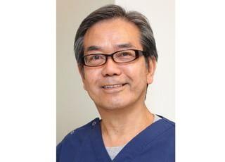 院長の亀井です。患者様にやさしい歯科・身体総合医療を提供しております。