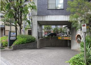VIAの地下駐車場に停めることも出来ます。