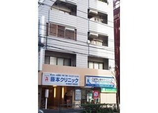 こばやし歯科クリニックは、こちらのビルの4階にございます。